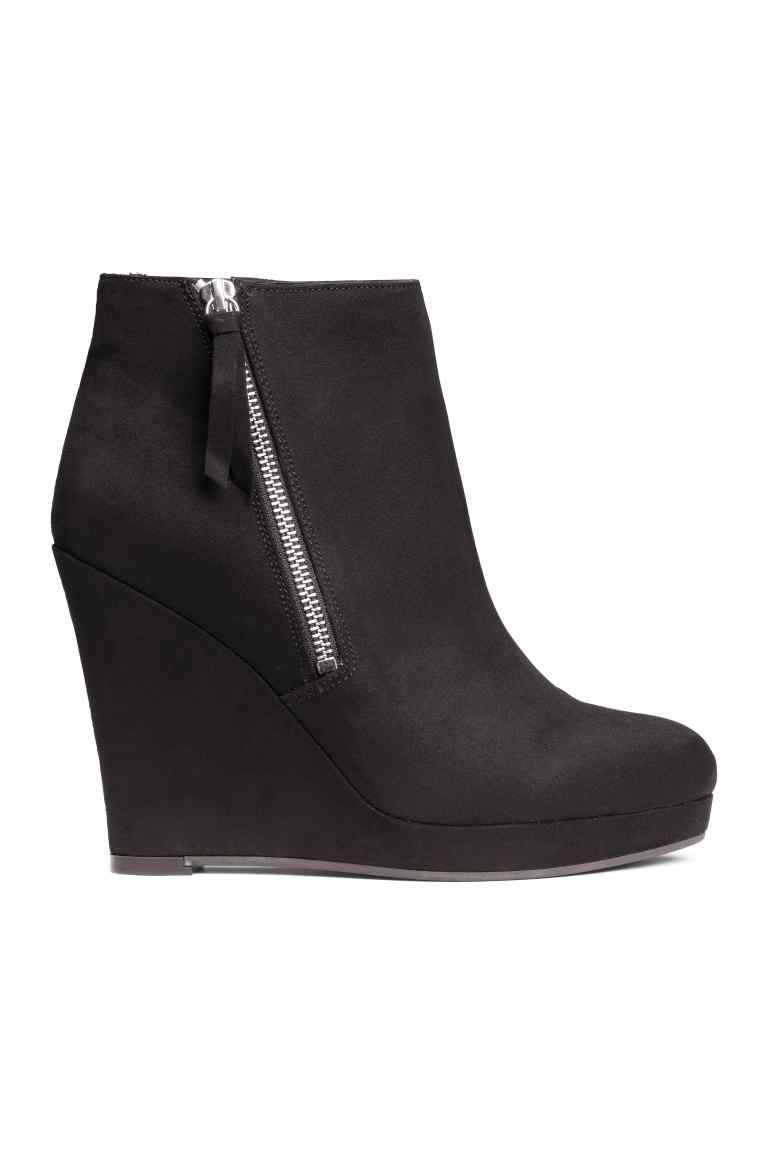 e732dcd54bcd6 Bottines avec talon compensé   H M   Chaussures   Pinterest   Shoes ...