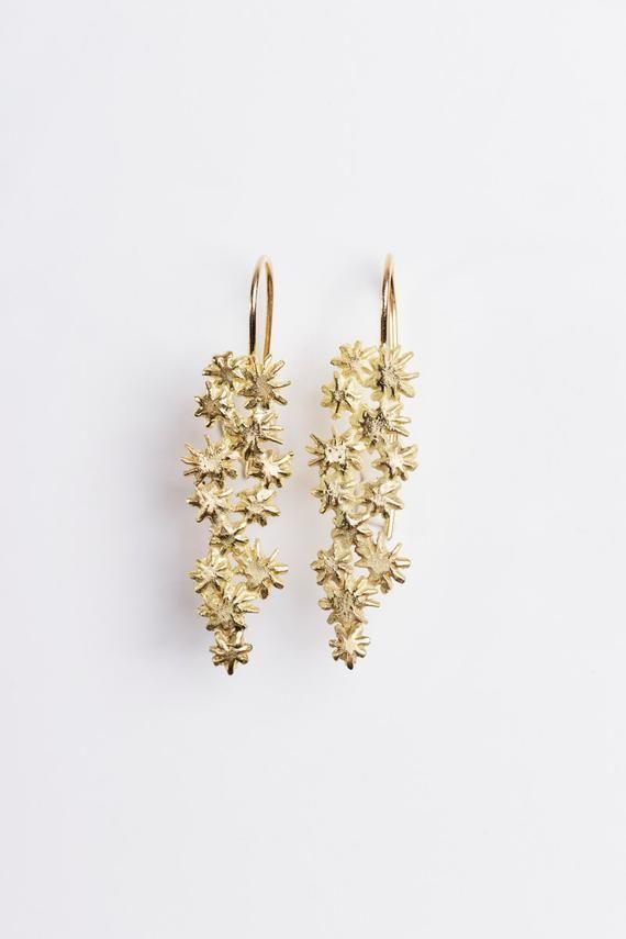 Stars 14 karat solid gold earrings. Gold star cluster earrings. Celestial ellegant stars earrings. Bridal dangle earrings. A gift for her.