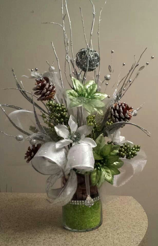 Modern Christmas Floral Arrangement By J Baldwin Christmas Flower Arrangements Christmas Floral Christmas Centerpieces