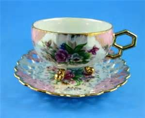 footed tea cups and saucers - Bing images