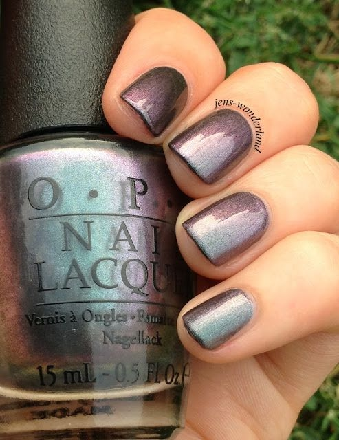Jen's Wonderland: OPI: Peace & Love & OPI (very nice--I'll have to add it to my longer-all-the-time list)
