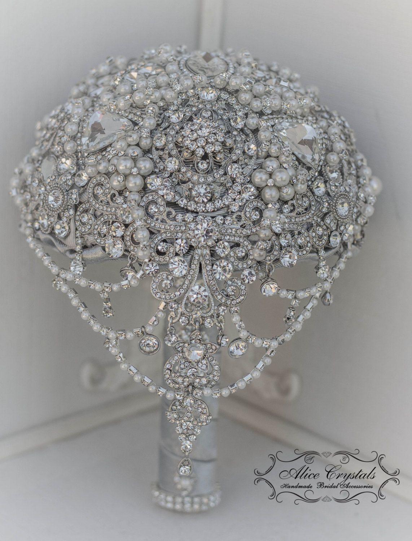 Pearl Brooch Bouquet. The Great Gatsby Brooch Bouquet