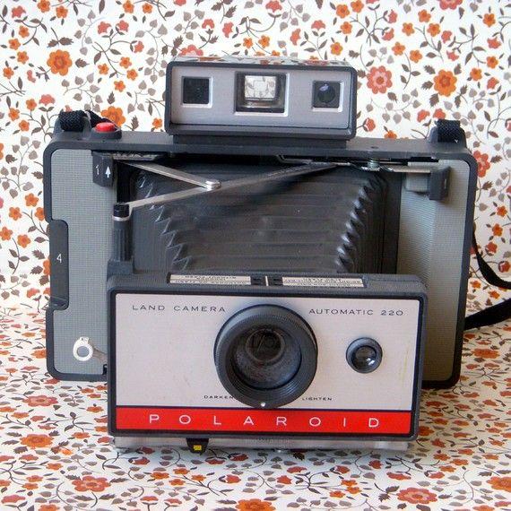 Polaroid 220 Land Camera