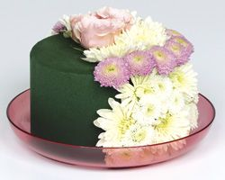 Ways to make that floral cake to impress our floral friends Floral