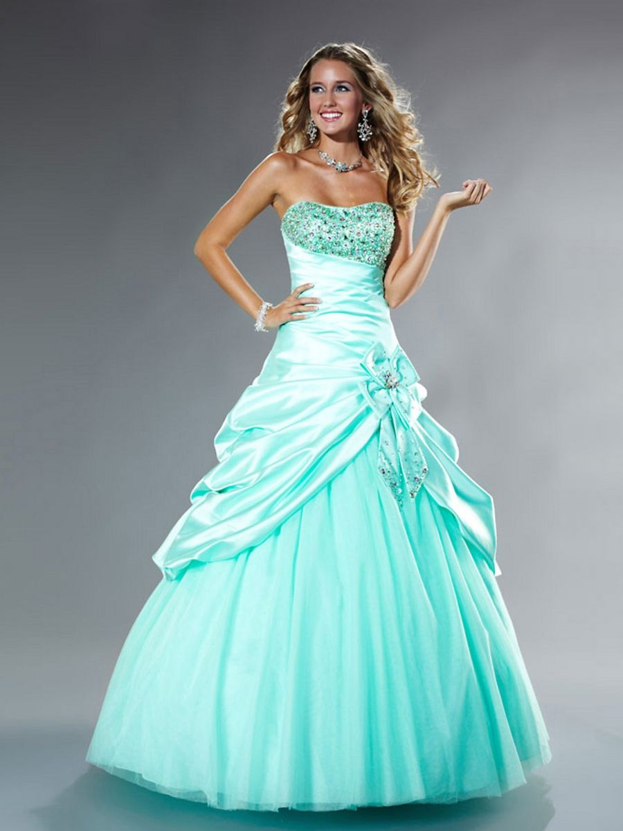 oooh :) soo cute! And we can sew straps on or wear a cardigan | Prom ...