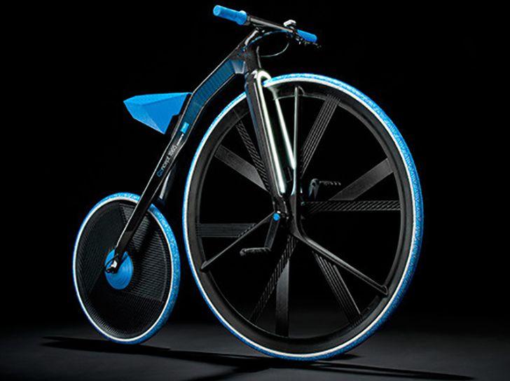 Izstrādāts elektro velosipēds, kas apvieno mūsdienu tehnoloģijas ar vecmodīgu formu