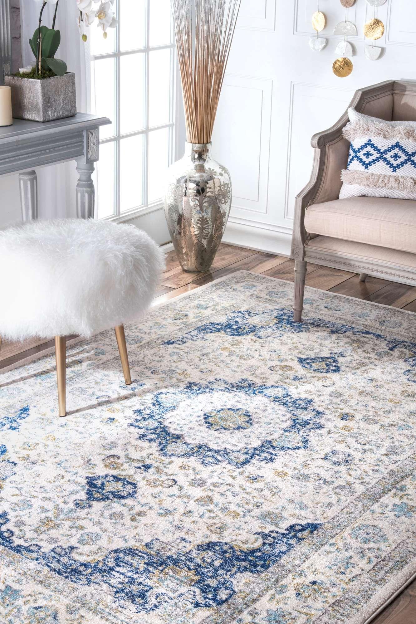 Inspiration Wohnzimmer: Teppich In Blau Grau Mit Traditionellem Muster