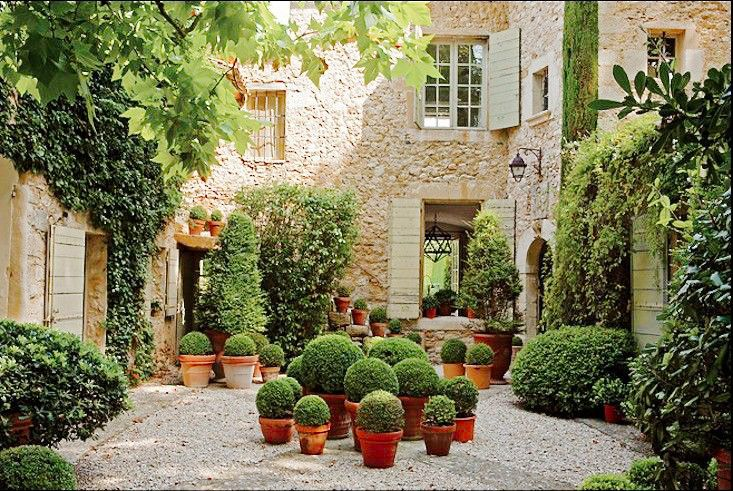 11 gorgeous drought friendly landscapes un um and 11