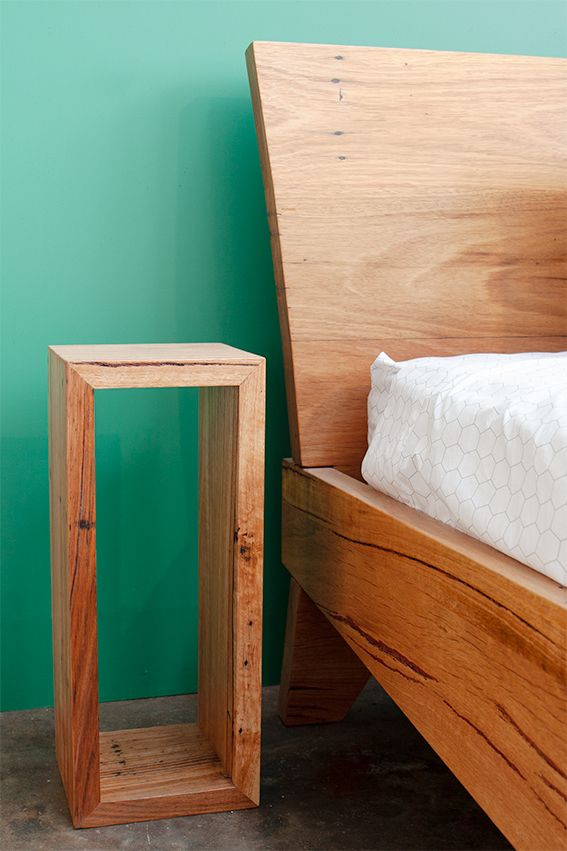 Cute bedside table Can also be used as a plant stand nightstands
