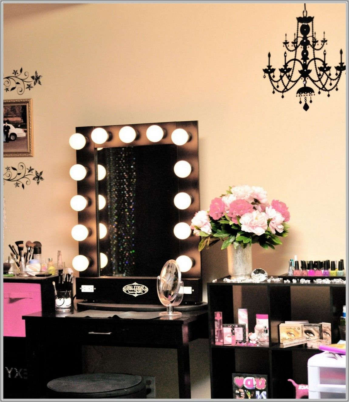 Furniture, Espresso Makeup Table With Lighting Ideas Show