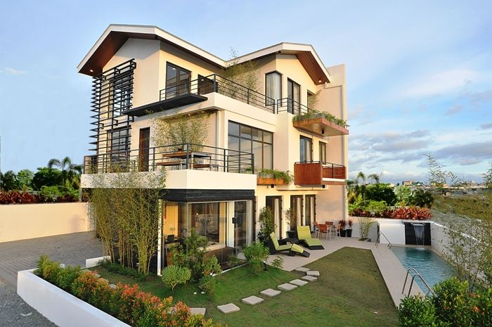 Luxury House Design Modern Style Spacious Balcony With Small
