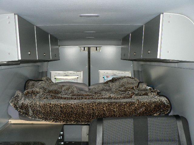 Upper cabinets in Tom Zwilling's Mercedes Sprinter 316CDI camper van, from the German Sprinter Forum.