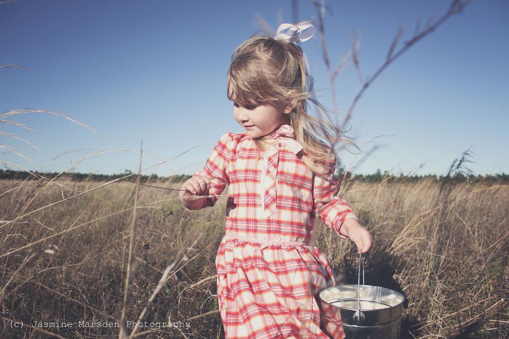 #jasminemarsdenphotography presents #emileeplays. My daughter #emileeisolde role playing #historicwomen #lauraingallswilder Emilee is Laura Ingalls Wilder by Jasmine Marsden Photography