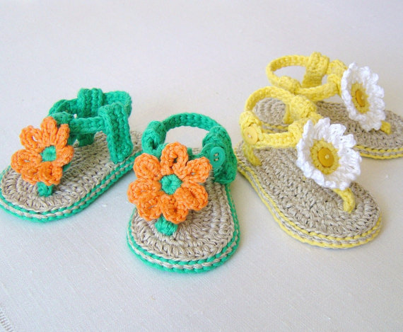 CROCHET PATTERN Baby Sandals with Flowers Easy Baby Booties Pattern ...