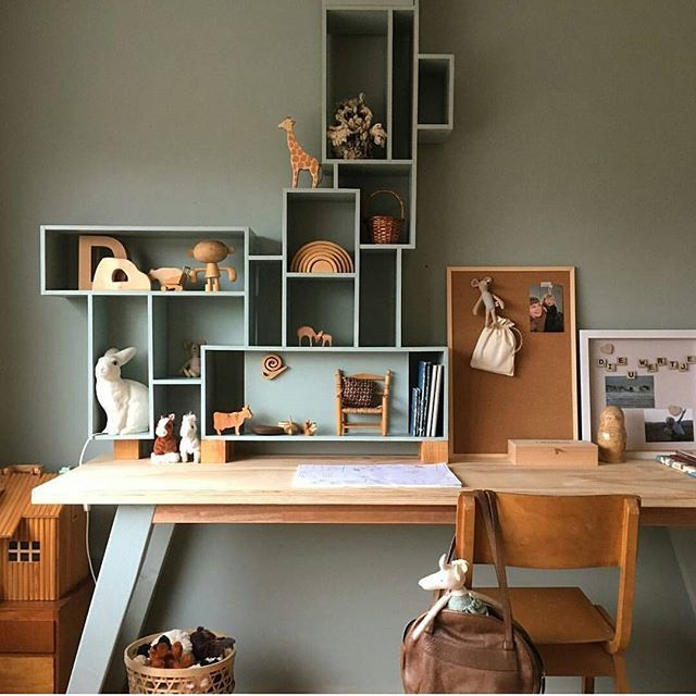 Kids Workspace Inspo and Image Regram thanks to Tinta @tintaluhrman based in the Netherlands  Stumbled upon this delightful feed and equally gorgeous kids workspace in the home of Tinta @tintaluhrman Loving the wood and the soft colour tones....a really beautiful vibe created here! Thanks Tinta @tintaluhrman we love your kids workspace style!
