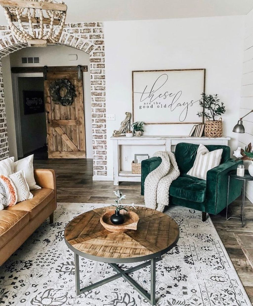 34 Comfy Living Room Decoration Ideas With Farmhouse Style and some velvety details This emerald green velvet sofa amazingly fit in the farmhouse styled decorated living...