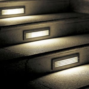 Iluminacion escaleras exteriores iluminaci n pinterest - Iluminacion led escaleras ...