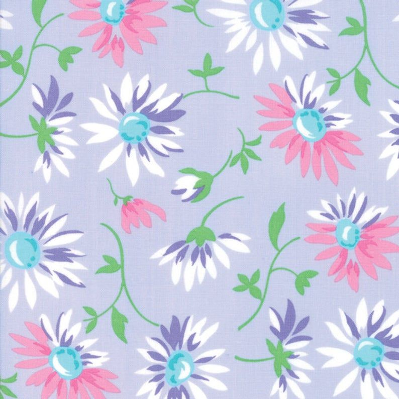 100/% Cotton FAT QUARTER Lilac /& White Daisies Floral Quilting Patchwork Fabric