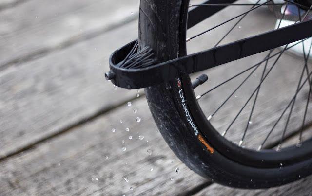 Denny Bike | La bicicleta que incluye un enorme candado de seguridad en su manubrio [con video]