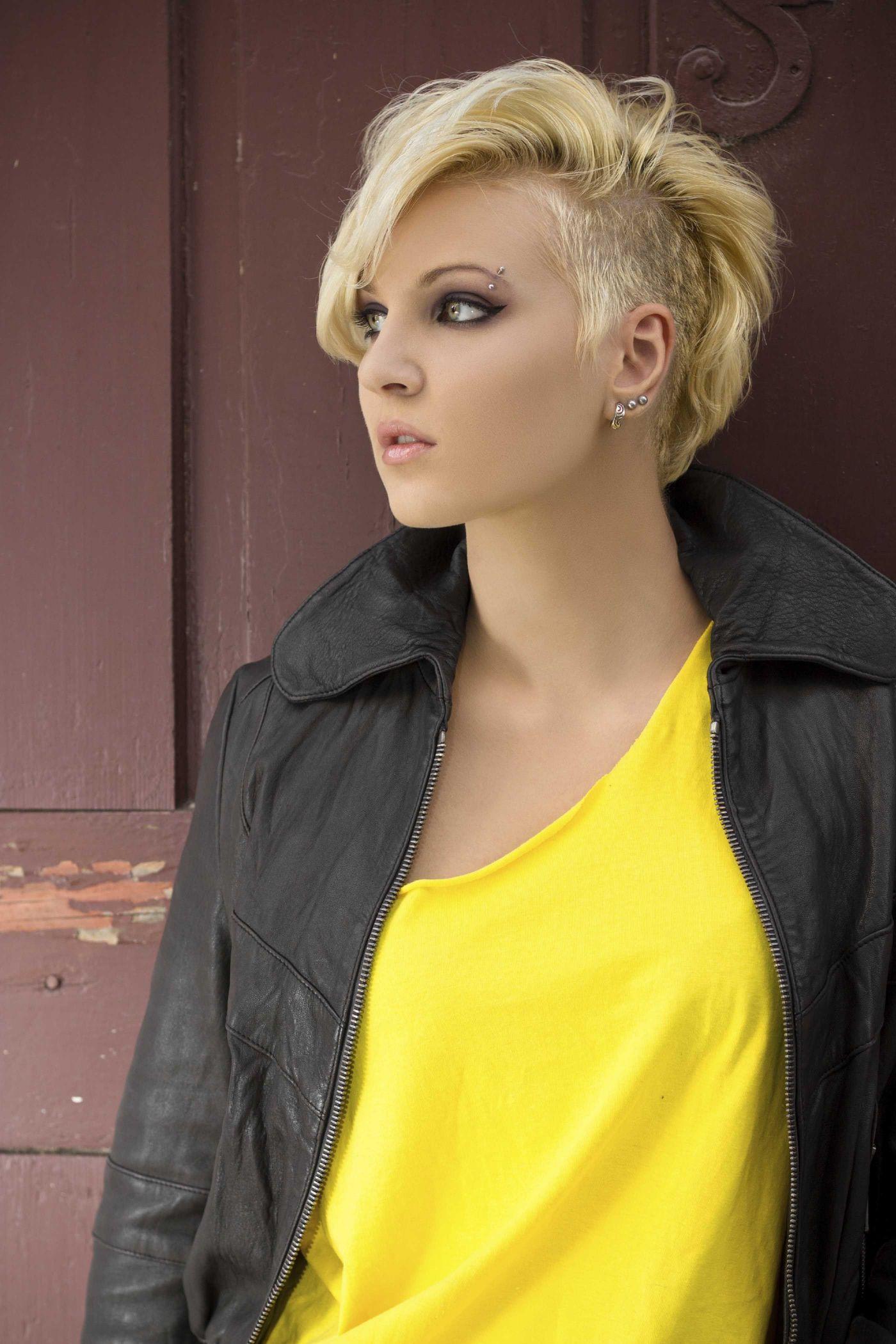 Blonde mohawks frisuren corte de cabello pinterest hair styles