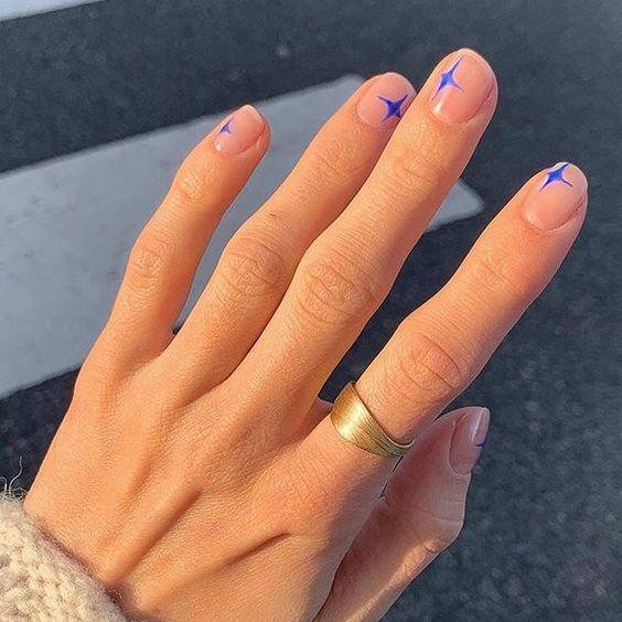 5 diseños de uñas para tu cena de Año Nuevo  – Peinados facile