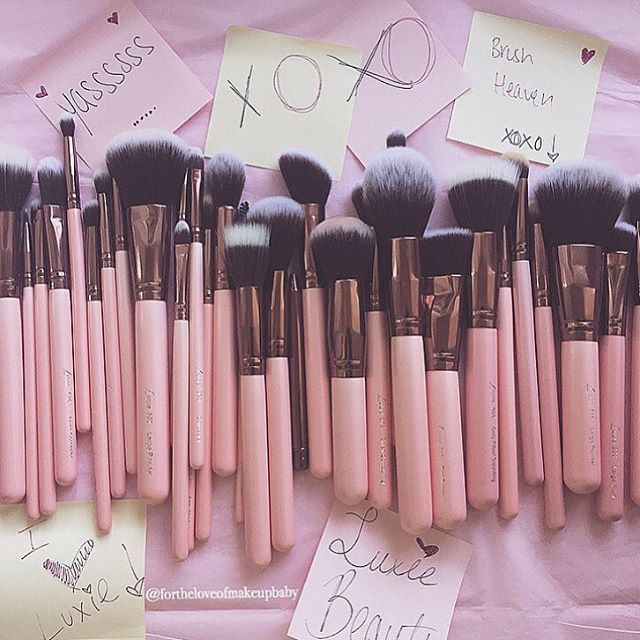 Did You Die And Fall Into Luxie Brush Heaven Makeup Brush Set Makeup Geek Makeup Skin Care