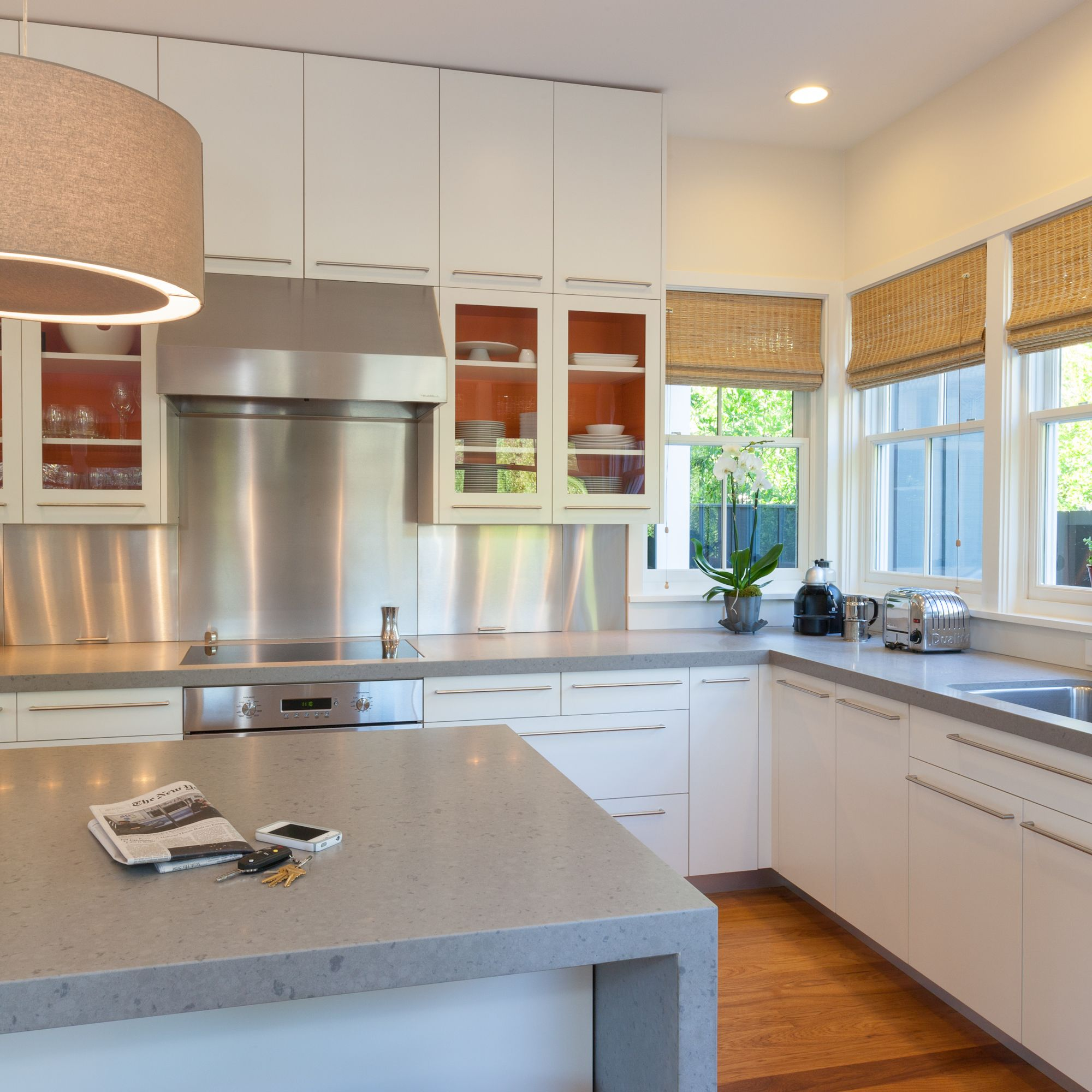 Flat Front Kitchen Cabinets Modern To The Core From The Frameless Flat Fronted Cabinets To