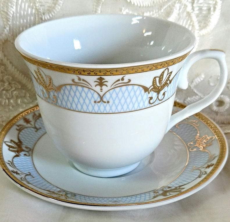 Set of 6 Cassandra Gold and Pale Blue Wholesale Tea Cups and Saucers ...