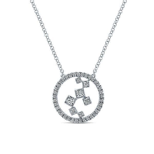 Sterling Silver Pendant made with solid 925 silver and 3 black sapphire and CZ