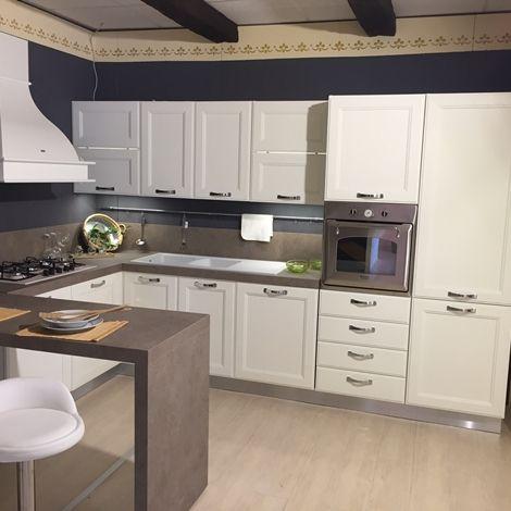 Cucina Con Penisola Di Ged Cucine Modello Kate Scontata Del 58 Progettazione Di Una Cucina Moderna Arredo Interni Cucina Cucina Ad Angolo