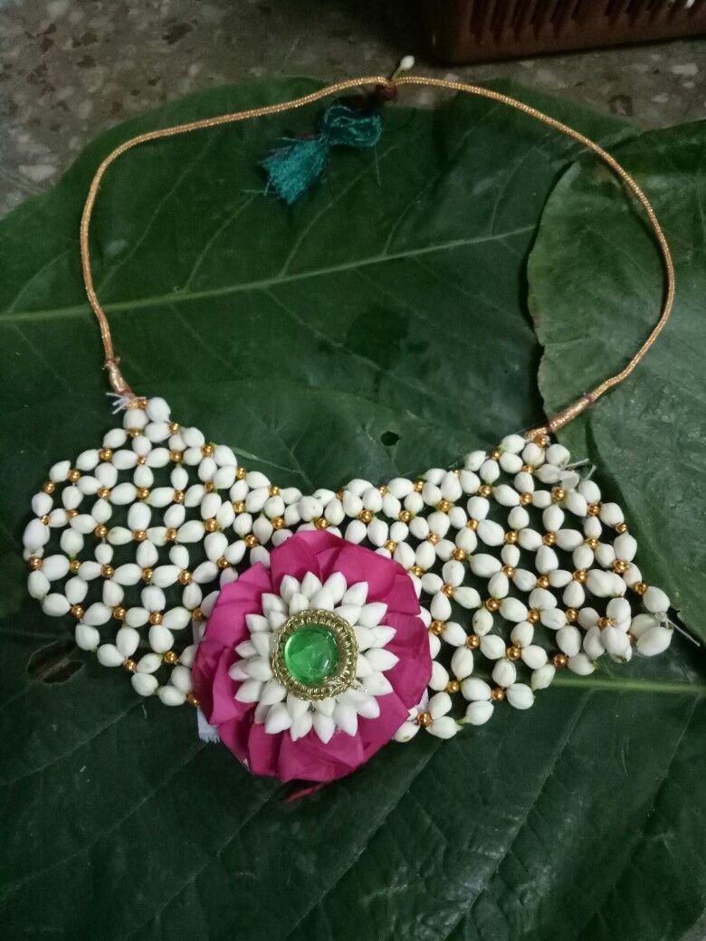 Idea By Alpa Mali On Alpa Mali Floral Jewellery Fresh Flower