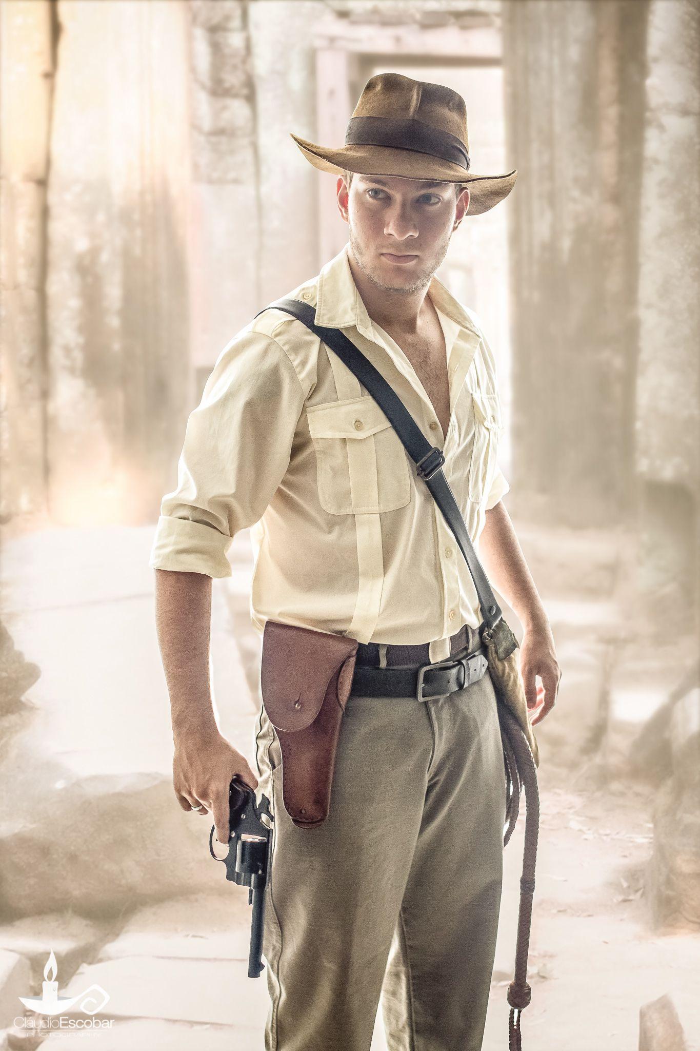 7eada306d1711 Indiana Jones Cosplay