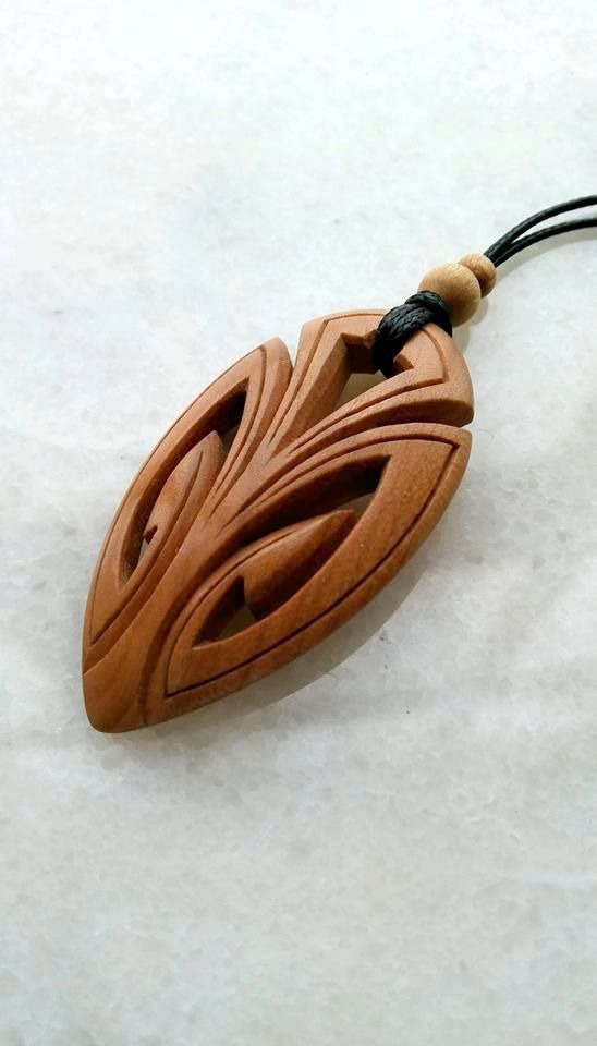 wood necklace modern style pendant jewelry wooden charm carving cherry tree unique craftsmwl. Black Bedroom Furniture Sets. Home Design Ideas