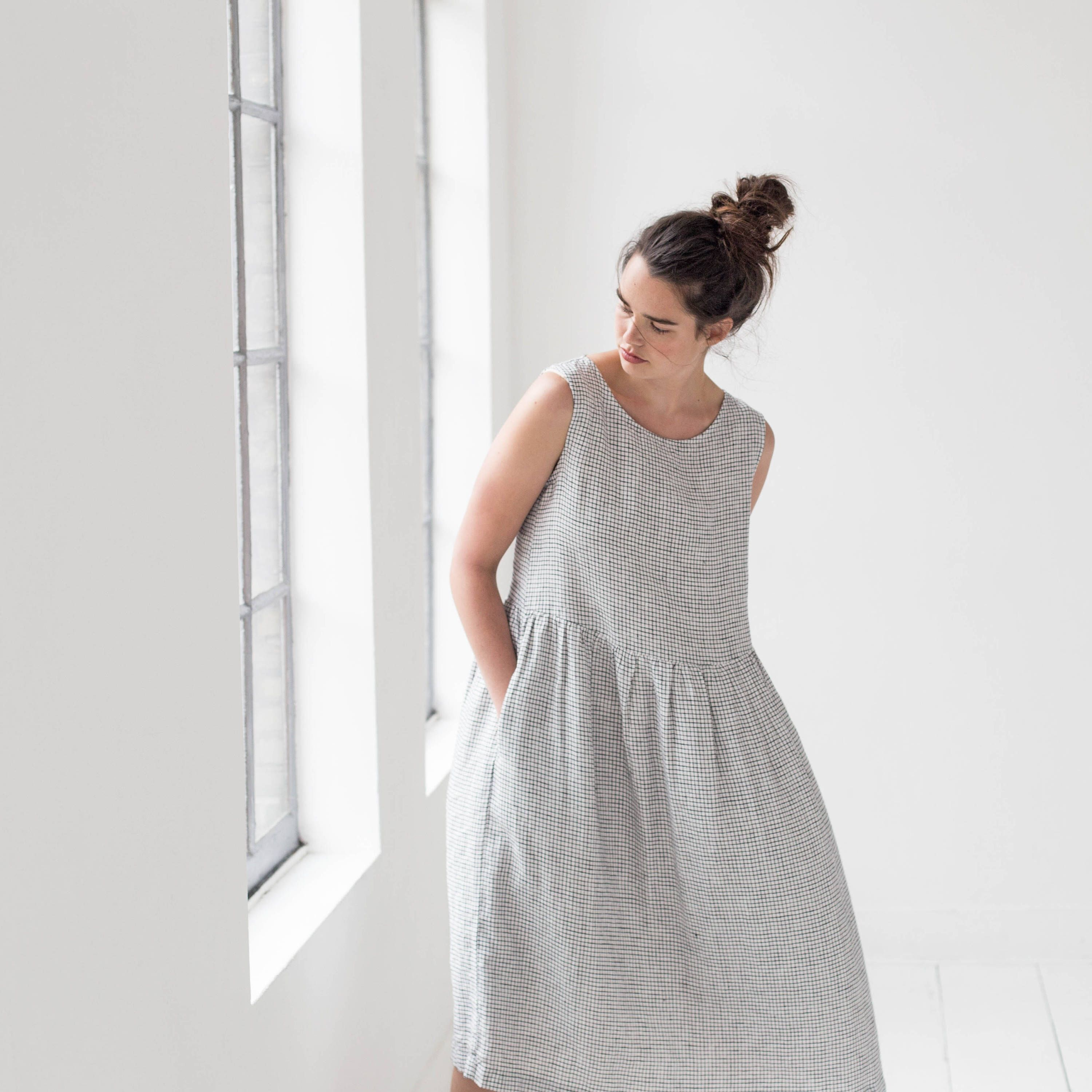 Smock Linen Dress In Maxi Length Loose Linen Sleeveless Summer Dress Washed And Soft Linen Dress In Small Checks Maxi Linen Dress Sleeveless Dress Summer Linen Maxi Dress Summer Dresses [ 3000 x 3000 Pixel ]