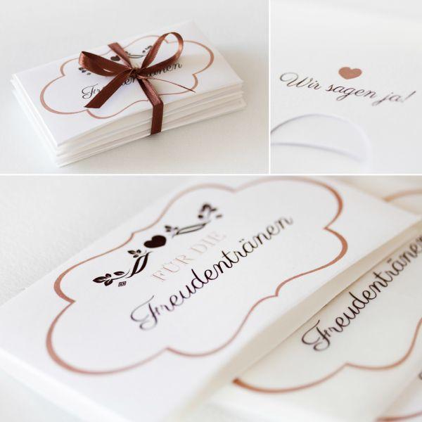 D I Y Freudentranen Verpackung Fur Taschentucher Blog Schweiz Stylehappchen Ch Taschentucher Give Away Hochzeit Trauung