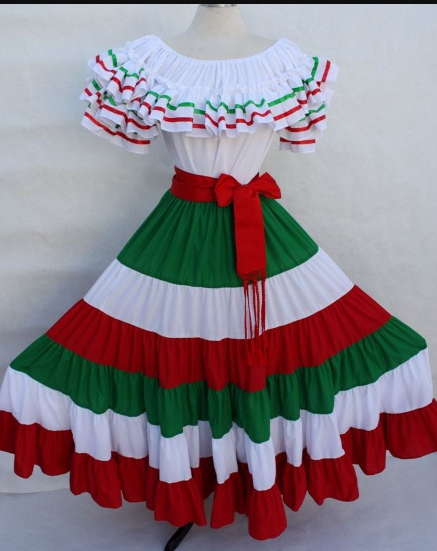 904892b52 TRAJE TRICOLOR Disfraz Mejicana Niña