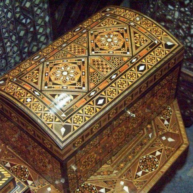 Mosaic wooden box