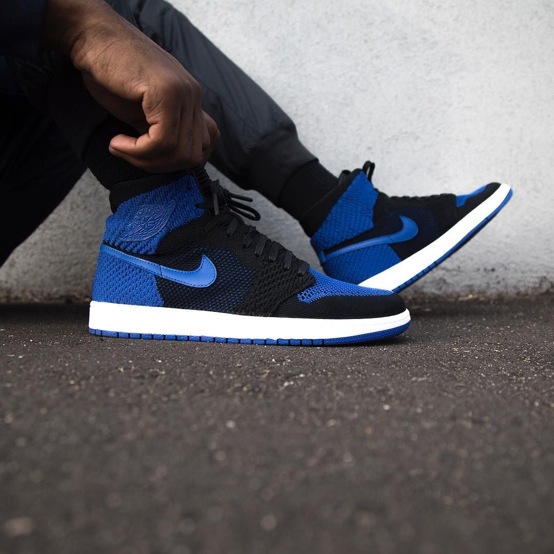 e625ba3392975 Air Jordan 1 Retro High Flyknit Black   Game Royal Credit   JimmyJazz