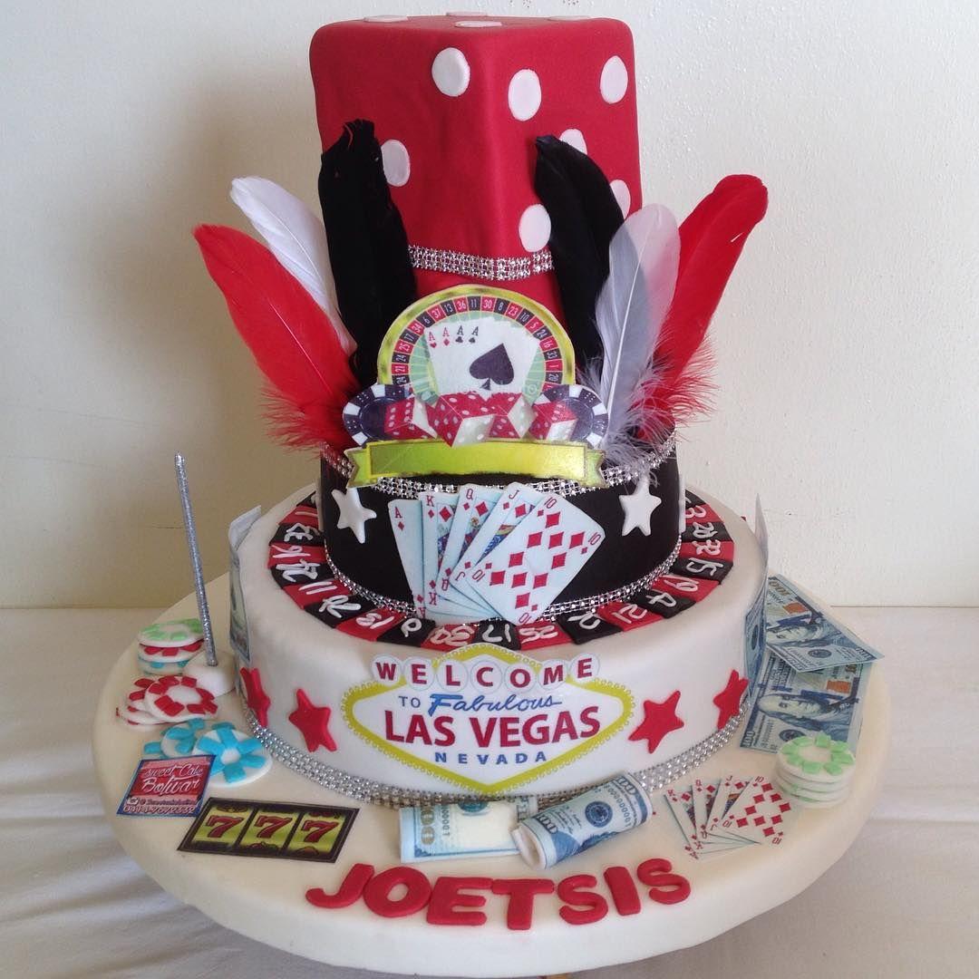 Las Vegas casino cake. Súper wing. Encargos y presupuestos 0414-7672332 #sweetcake #ciudadbolivar #cake #tortas #fondantcake #lasvegascake #casinocake #sweet16cake