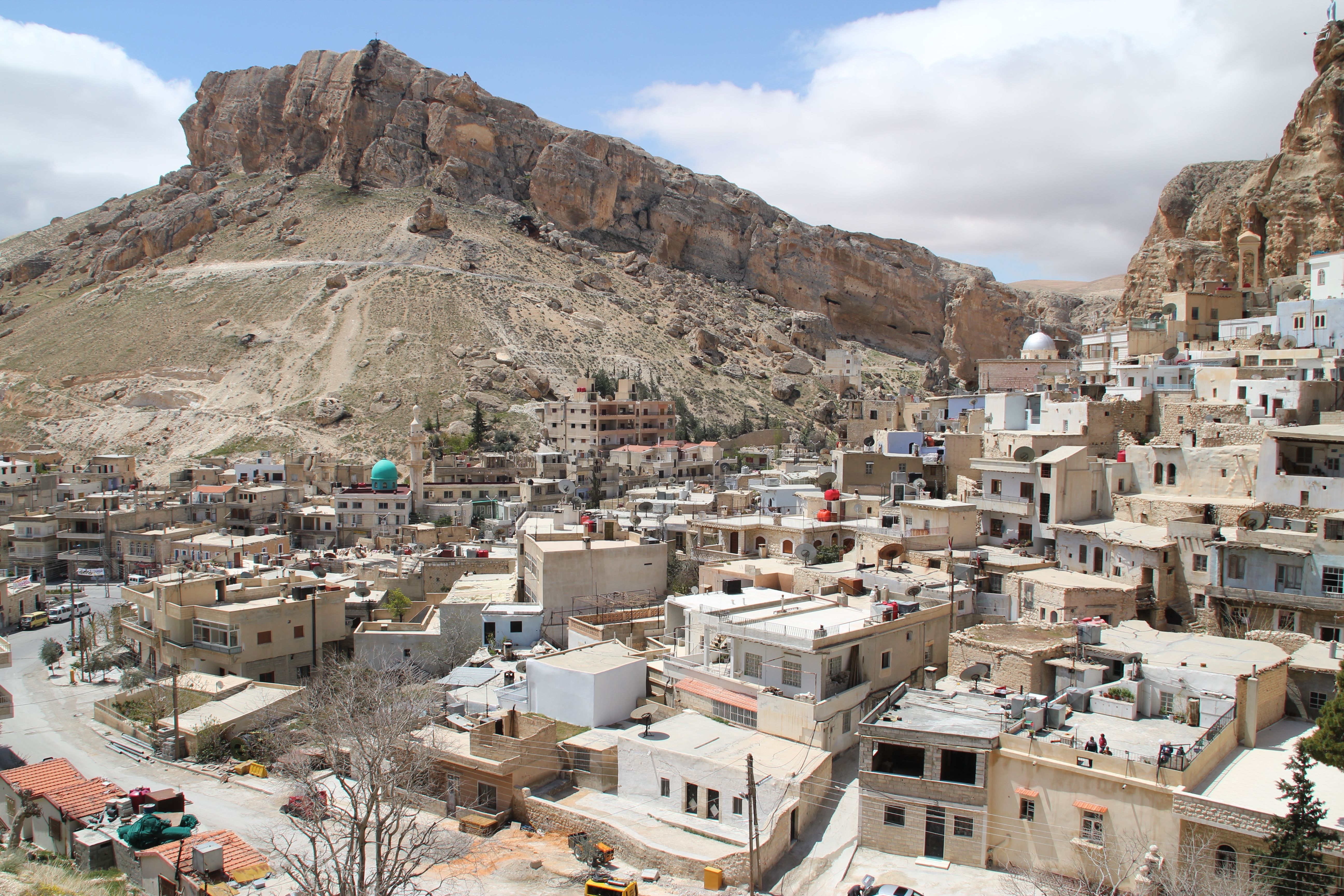 Maaloula Syria The Beautiful Country Syrian Refugees Syria