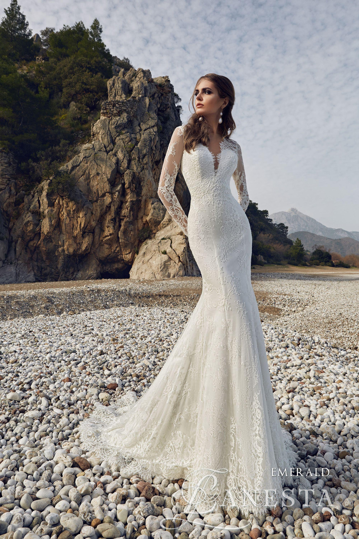 Emerald wedding dress  ucPhotographyue Smeraldo  YES I DO   Pinterest  Emerald
