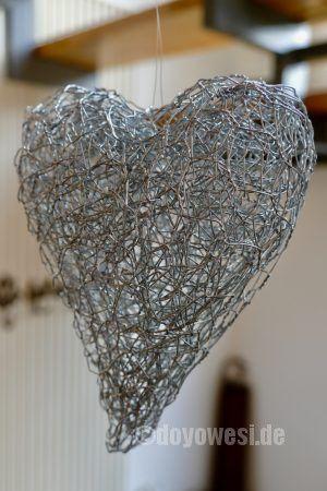 Herzen aus Hasendrahtresten formen | Pinterest | Draht, Herzchen und ...