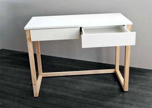Biurko z 2 szufladami, nogi drewniane 100x50