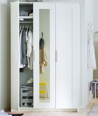 brimnes armoire penderie 3 portes chambre pinterest wardrobes room and house. Black Bedroom Furniture Sets. Home Design Ideas