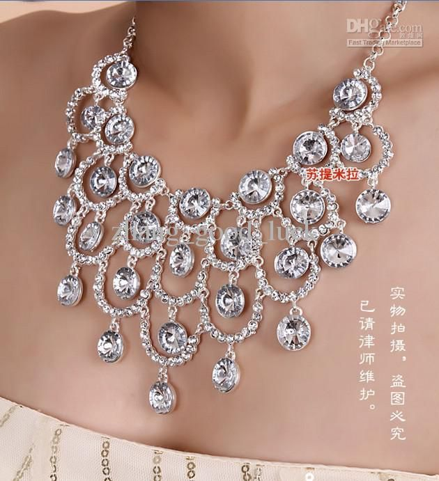 Bridal jewelry set necklace earrings headdress night dress