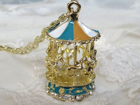 1 Carousel Necklace Golden Vintage Style Enamel Hand by BuyDiy