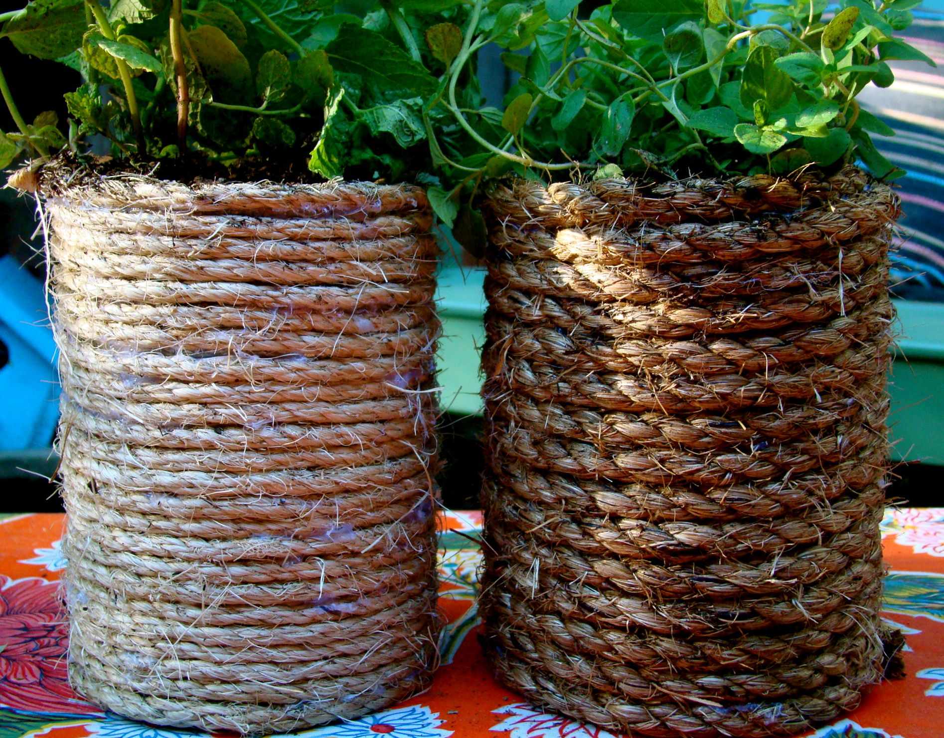 Rope wrapped coffee cans a little sisal and a glue gun i for Coffee crafts