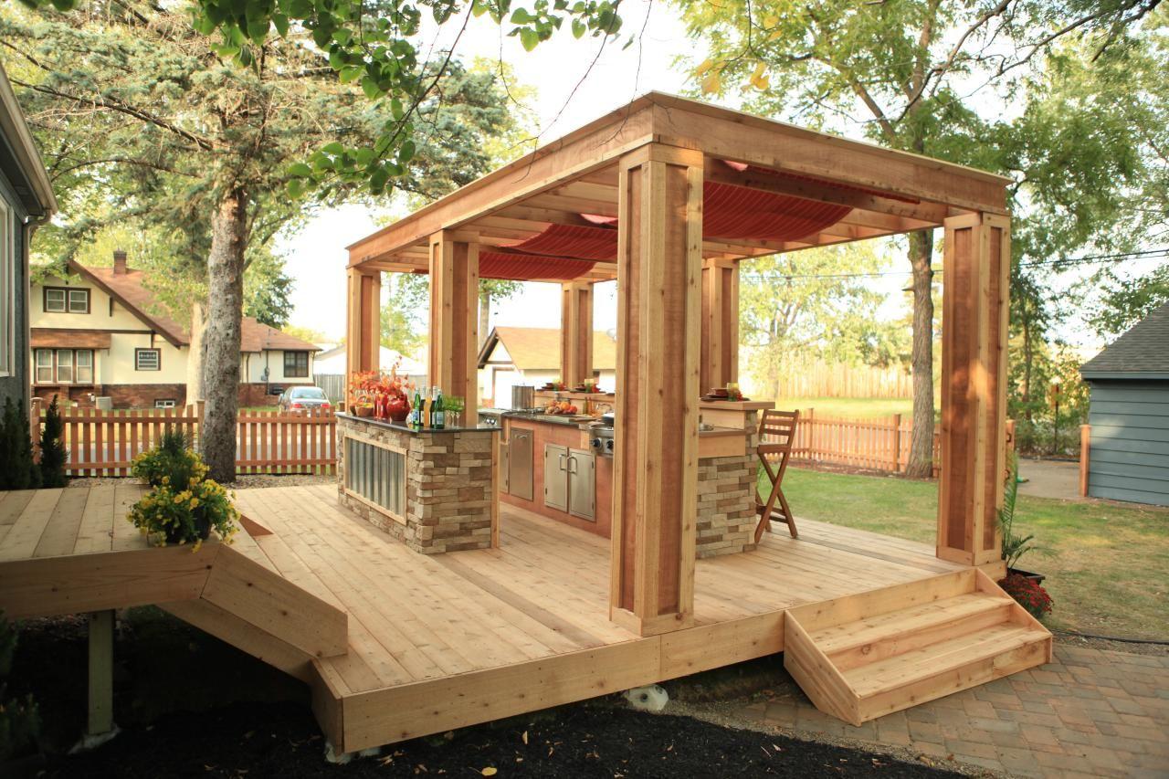 Beautiful Decks Designed By Diy Network Experts Diy Patio Deck Design Floating Deck