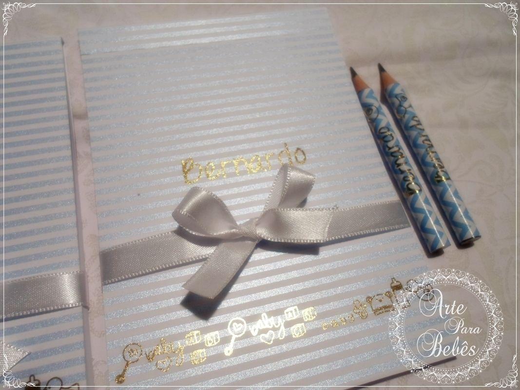 💙Bloquinhos de papel com mini lápis personalizado preparados com muito capricho e carinho para o Bernardo.💙  Fino e delicado, com acabamento em laminação dourada!  Aqui no site tem todos os detalhes:  http://bit.ly/arteparabebes-bloco-personalizado            #gestante #gestantes #gestantelinda #gravida #gravidas #gravidalinda #gravidabf2016 #gravidez #baby #maedemenino #maedemenina #lembrancinhas #lembrancinhaspersonalizadas #nascimento #maternidade #chadebebe #batizado #dicadegravida…