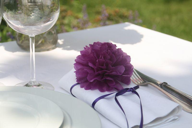 Pompom Manufaktur farbe auf den tisch 20 pom pom serviettenhalter wedding purple
